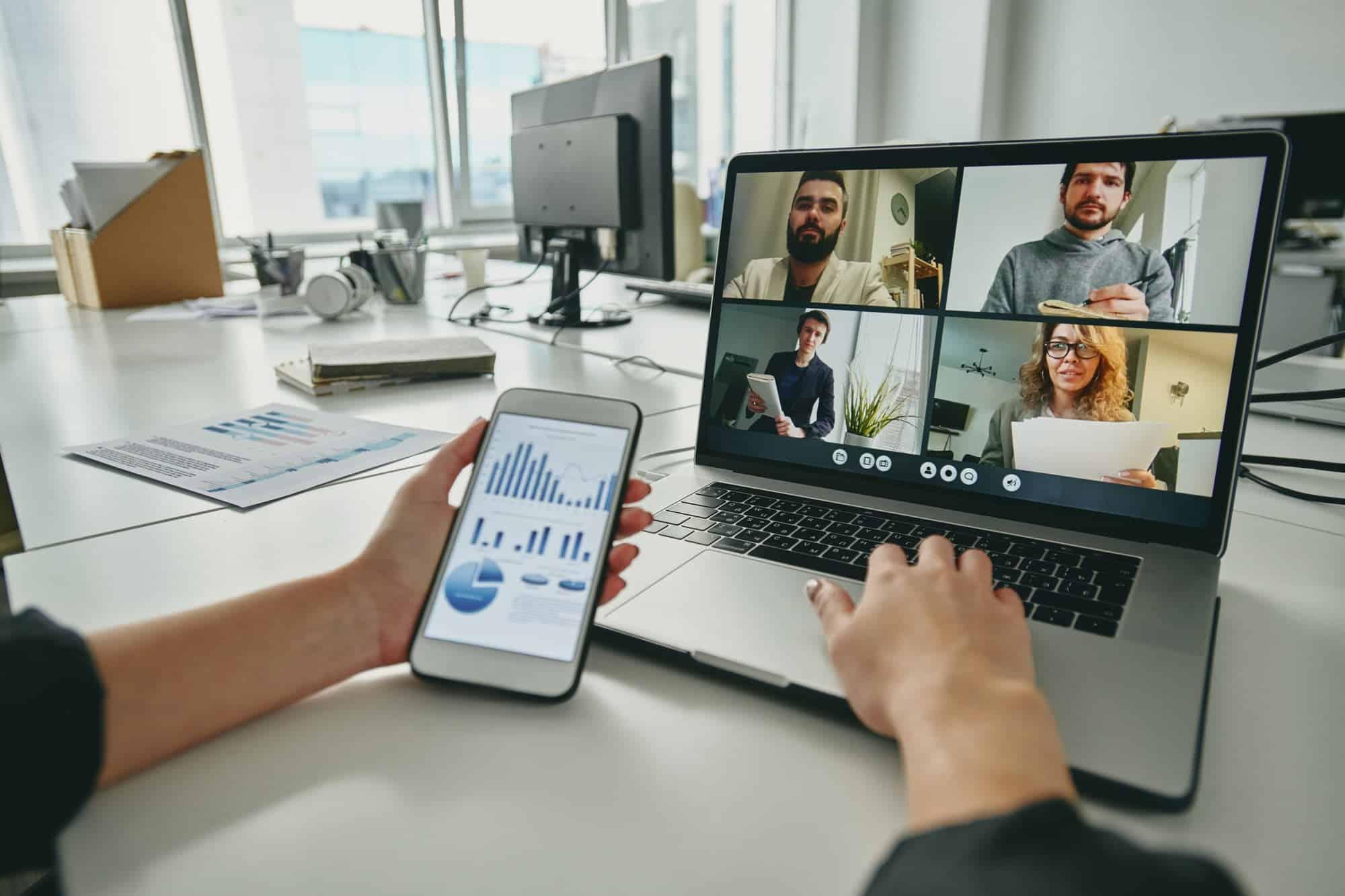 Meeting via video conferencing app